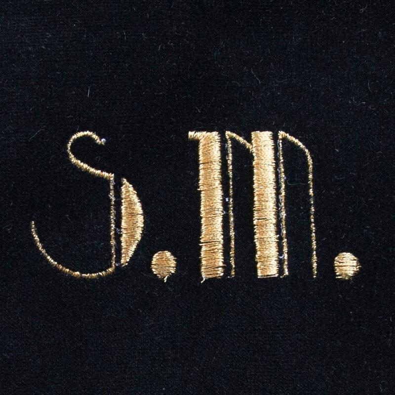 Borsetta in velluto nero lettere ricamate oro