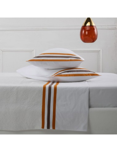 A white percale set of...