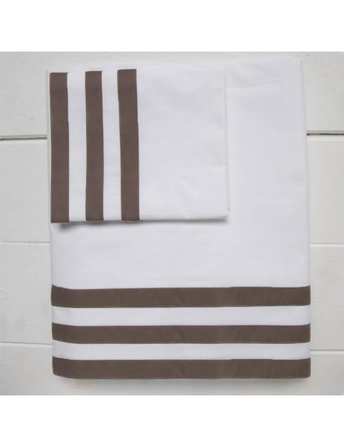 Completo letto in percalle bianco con motivo a fasce marrone
