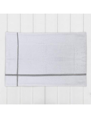 Tappetino in spugna bianca con incroci grigio