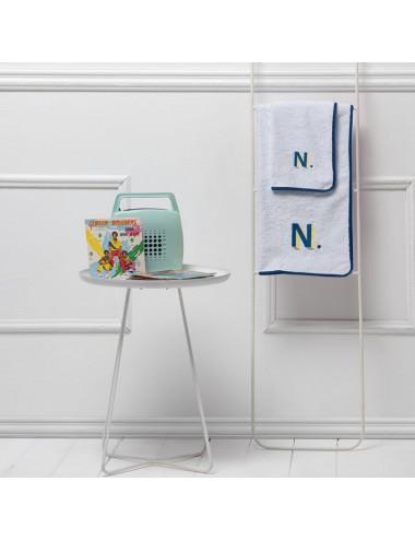 Coppia asciugamani personalizzabili in spugna blu con bordo in apone bianco