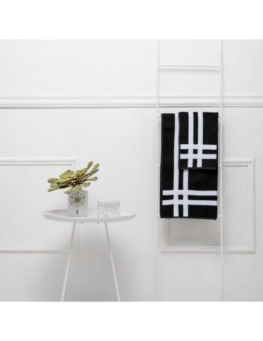 Coppia asciugamani personalizzabili in spugna nera con doppio incrocio in gros grain bianco